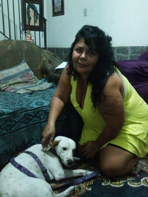 Zeca cheio de chamego com a mãe Fátima