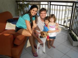 Júlia com sua família